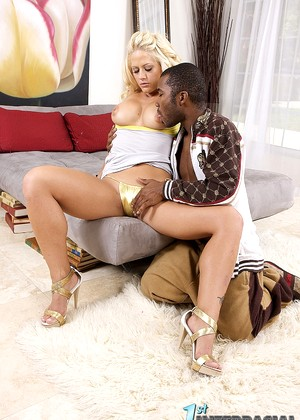 1stinterracial 1stinterracial Model Leigh Pornstars Small