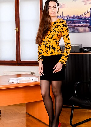 21sextury Victoria J Zack Chad Rockwell Teenvsexy Office Finger