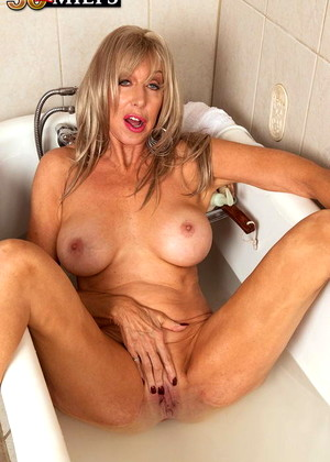 50 Plus Milfs free sex photos