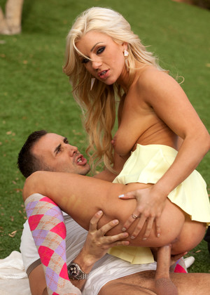 Brazzersnetwork Cameron Dee Torrent Riding 3gpvideo