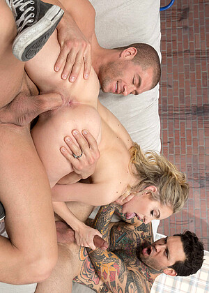 free sex photo 4 Kimmy Granger family-cowgirl-scarlet brazzersnetwork