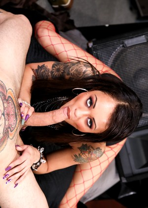 Holly Hendrix Small Hands jpg 11