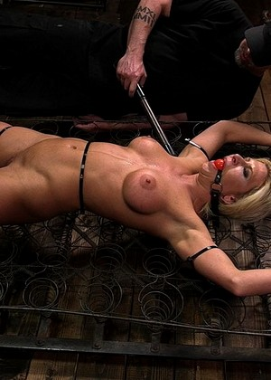 Devicebondage The Pope Ariel X Machines Bdsm Pinupfiles Gallery