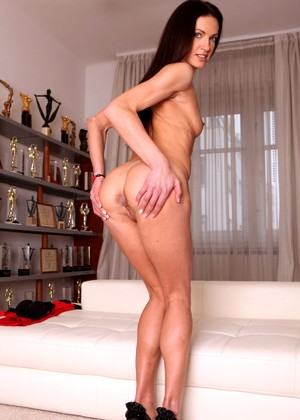 Evilangel Linda Moretti Sur Standing Doggystyle Admirable