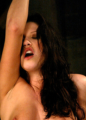 free sex photo 16 Roxy Deville magical-squirting-fake fuckingmachines