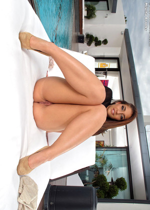Inthecrack Mischa Brooks Babexxxphoto Shaved Pussy Sexi Hd