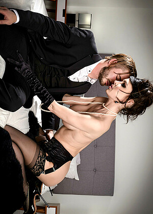 Jessicajaymesxxx Jessica Jaymes Modling Piercing Parker