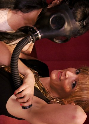 Kinkuniversity Siouxsie Q Mona Wales Dropping Blonde Nice