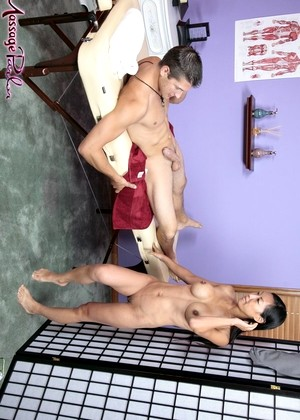 Massage Parlor free sex photos