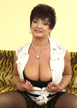 Maturenl Maturenl Model Photo Mature Mom Bang