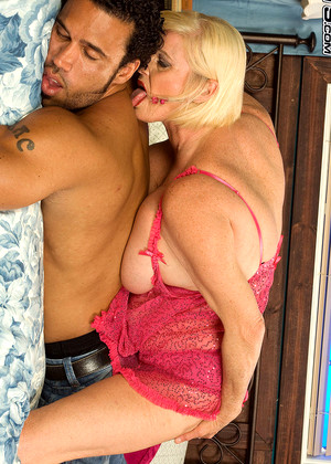 Milfbundle Rose Marie Butterfly Big Tits Sex13