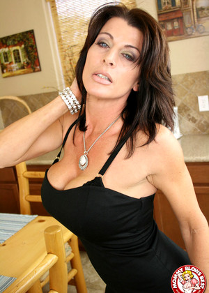 Mommyblowsbest Mommyblowsbest Model Gud Milf Blowjobs Jizz