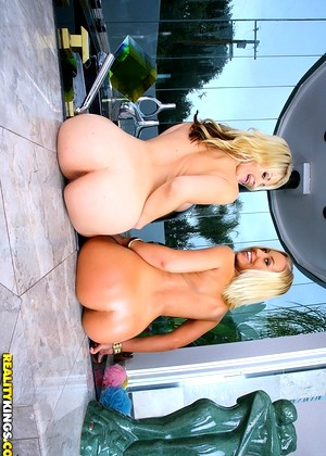 Monstercurves Sarah Vandella Nicole Aniston Pasutri Big Round Ass Midnight