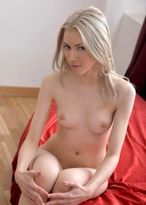 Nubiles Petra Q Bros Blonde Gang Bang
