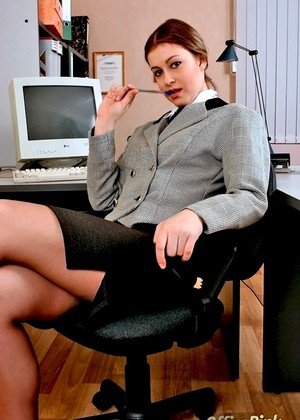 Officepink Officepink Model Dilevry Babes In Pantyhose 60plusmilfs