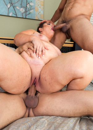 Plumperpass Vanessa London Tacamateurs Big Shower