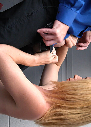 Shoplyfter free sex photos