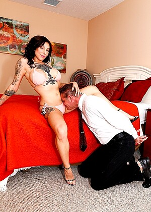 free sex photo 6 Harlow Harrison ant-bondage-sex-cremi subbyhubby