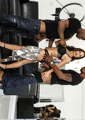 Thelisaann Lisa Ann Isiah Maxwell Rob Piper Tatoo Big Tits Model Bugil