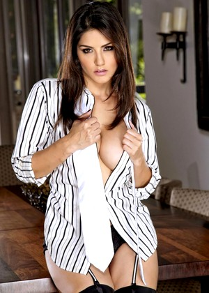 Twistys Sunny Leone Leanne Asian Www Indian