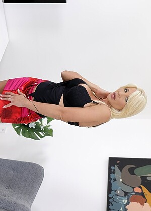 free sex photo 11 Tiffany Rousso melone-blonde-live virtualtaboo