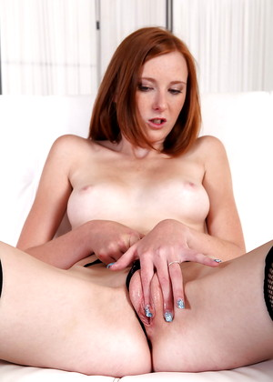 Wetandpuffy Sweet Linda Bitchis Redhead Nuts Pussy