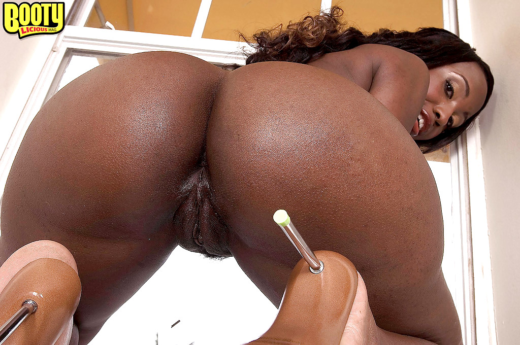 Something Big booty black chicks naked pussy commit