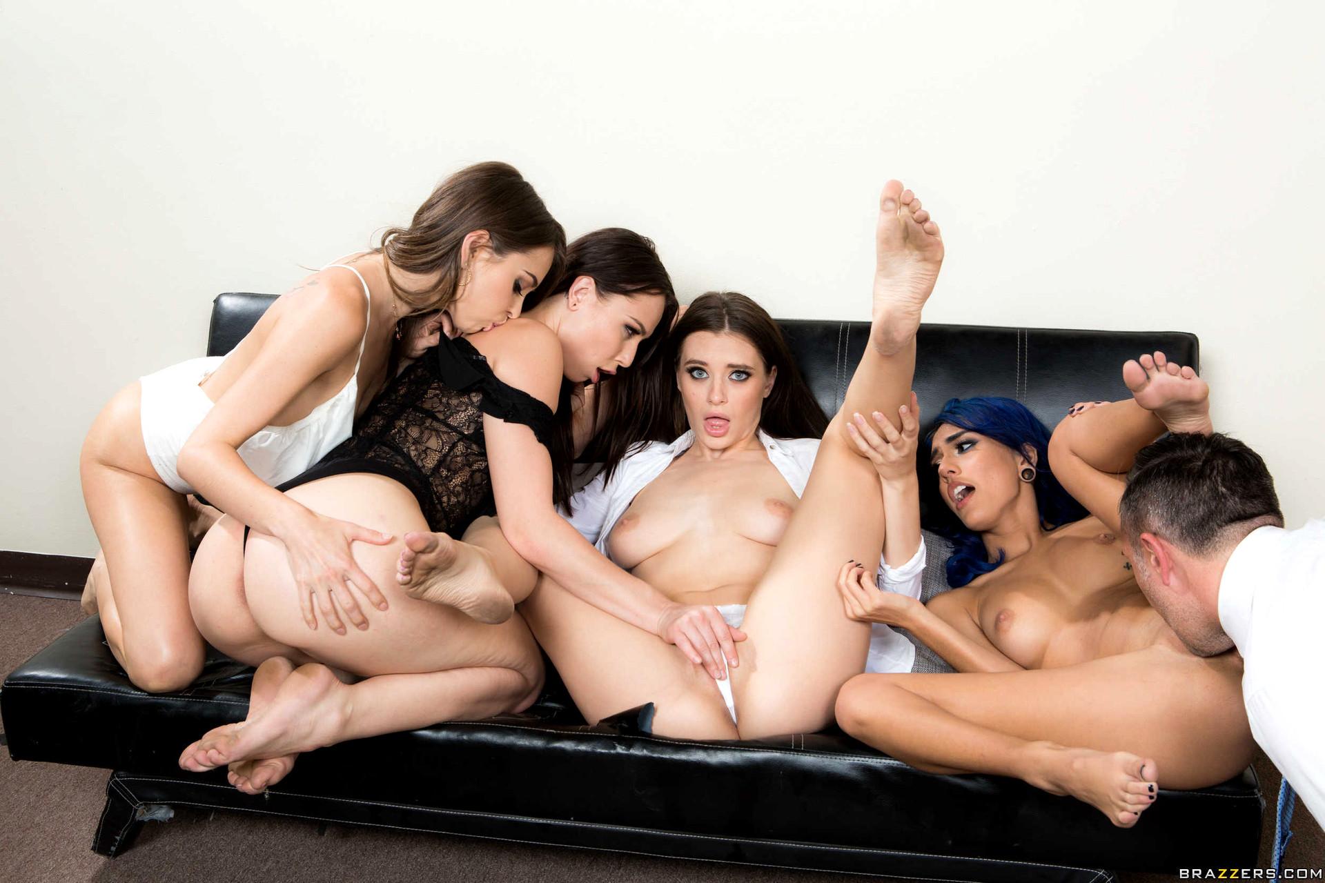 Free sex photos twistys kelly jessica twistys japanhdv dykes group orgy