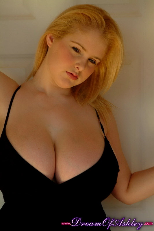 Busty amateur Ashley Sage Ellison open her shirt revealing her humongous tits № 1049373 загрузить